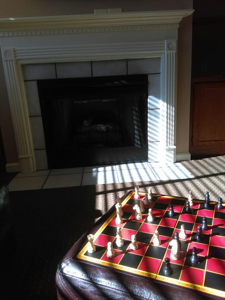 BLUEGREEN_LAUREL_CREST_fireplace_e5fb6052b5.jpg