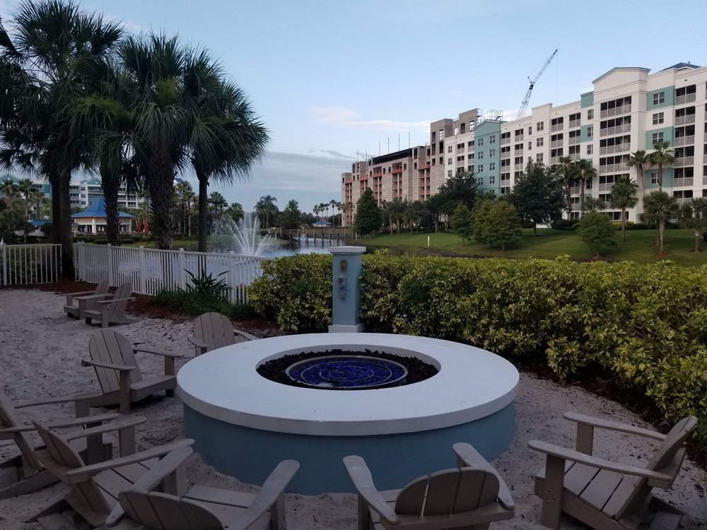 Bluegreen_Vacations_Fountains_Ascend_Resort_Collection_Fire_Pit_9f0ba3e961.jpg