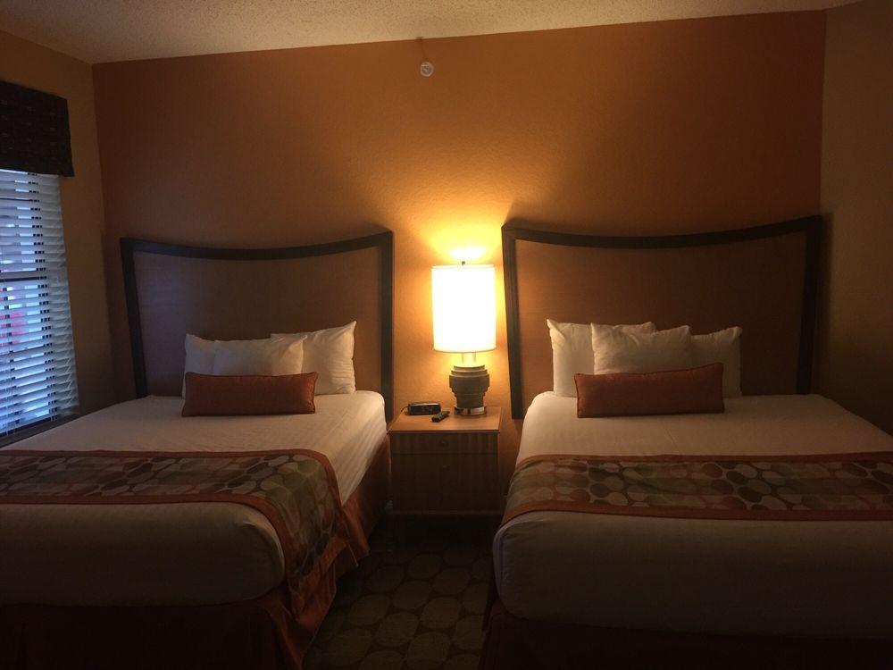 Holiday_Inn_Club_Vacations_at_Orange_Lake_Resort_Double_Room_79693b96d0.jpg