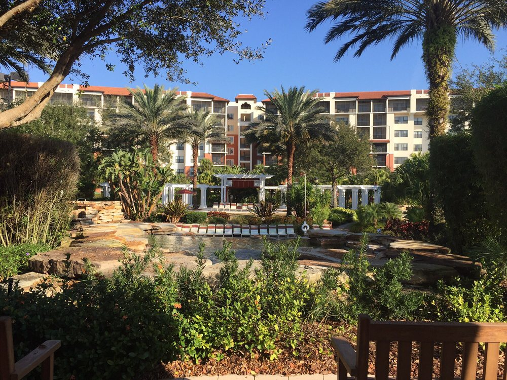 Holiday_Inn_Club_Vacations_at_Orange_Lake_Resort_Pond_64d3f27c64.jpg