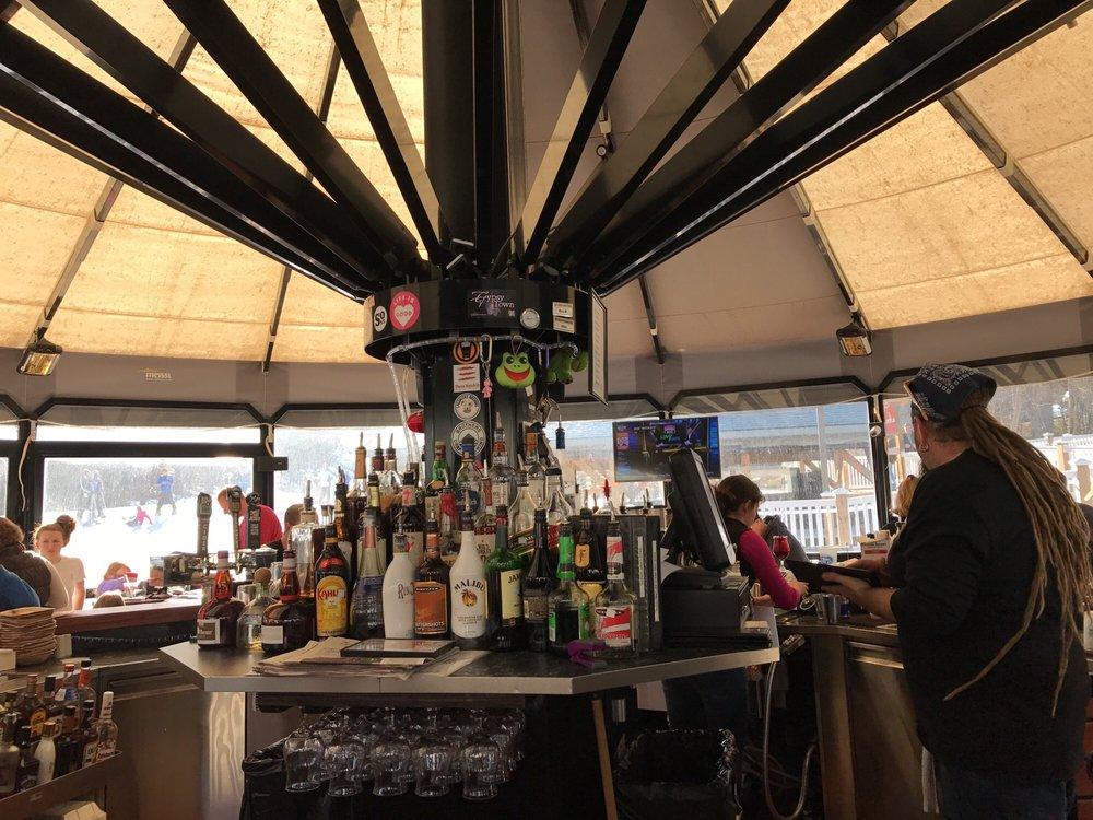 Massanutten_Resort_Bar_d41b358760.jpg