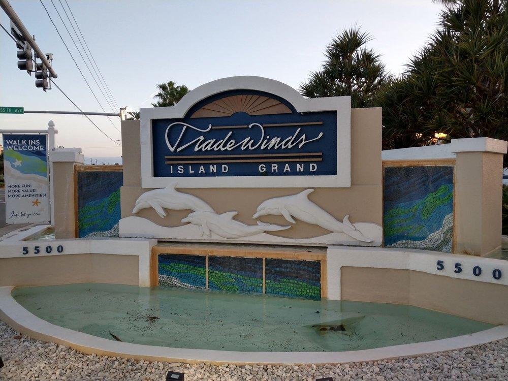 Trade_Winds_Island_Grand_Resort_Sign_53ad707e52.jpg
