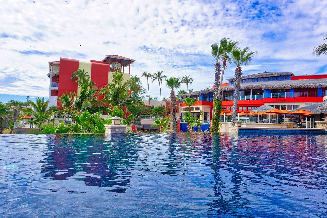 Welk_Resorts_Cabo_San_Lucas_Sirena_del_Mar_Pool_2_2976f69fdb.jpg